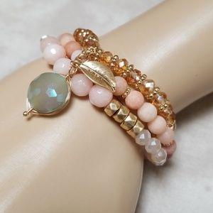 NWT Boho stretch Bracelet Natural Stone, crystal
